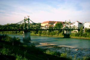 Länderbrücke, Laufen