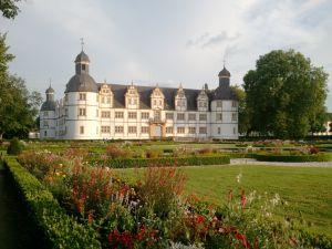 Schloss Neuhaus, Paderborn