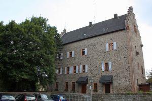 Eppsteiner Schloss, Schotten