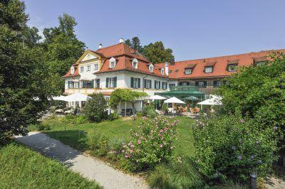Biohotel Schlossgut Oberambach, Münsing