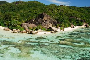 Neue Fährverbindung auf den Seychellen