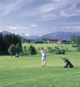 """""""(W)Hole in One"""" – Golfen rund um den Starnberger See"""