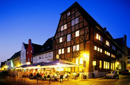 23. April: Brauhaus am Lohberg in Wismar