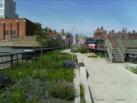 Neuer Park auf alter Bahntrasse in New York
