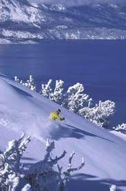 Wintersport mit Blick auf Lake Tahoe