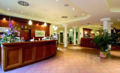 Grand City Hotels: