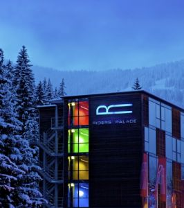 Riders Palace in LAAX: 10 Jahre Royal Riding