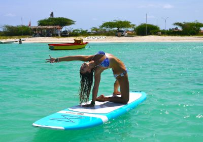 SUP-Yoga: Neuer Trendsport auf Aruba