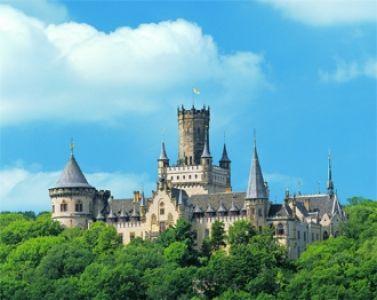 Den Bund der Ehe im Schloss der Liebe eingehen