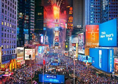 STARAUFGEBOT IN NEW YORK CITY ZUM JAHRESWECHSEL