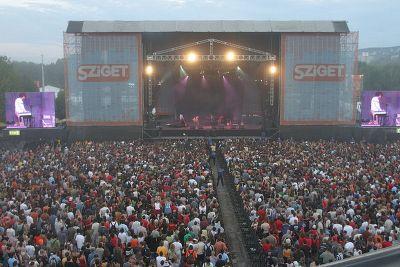 Deichkind, Die Ärzte, Seeed und DJ Boys Noize auf Sziget Festival