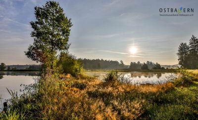 Wandern in den Goldenen Herbst: