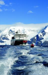 Neu: 13-tägige Antarktis-Expedition mit Hurtigruten
