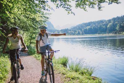 Bike und Kneipp an einem der letzten Wildflüsse Europas
